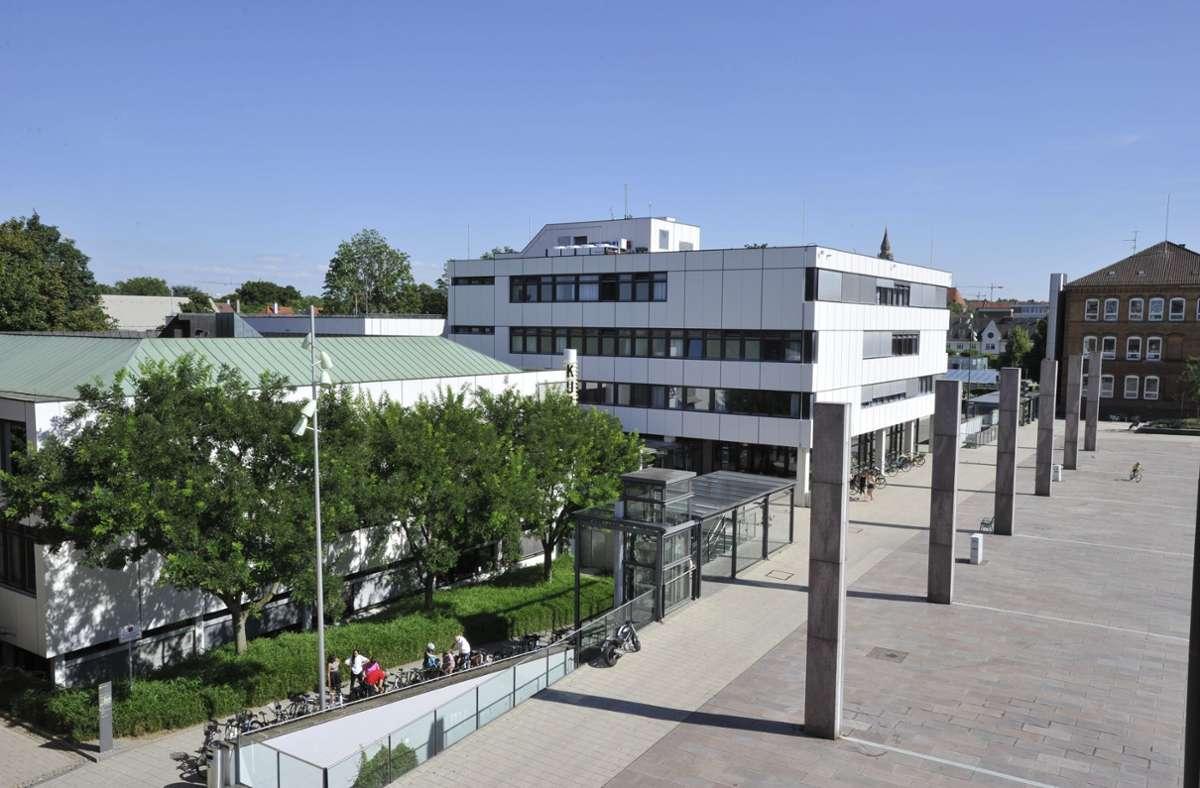 Die Stadtbibliothek Ludwigsburg ist in dessen Kulturzentrum (KUZ) integriert. Foto: Stadt Ludwigsburg