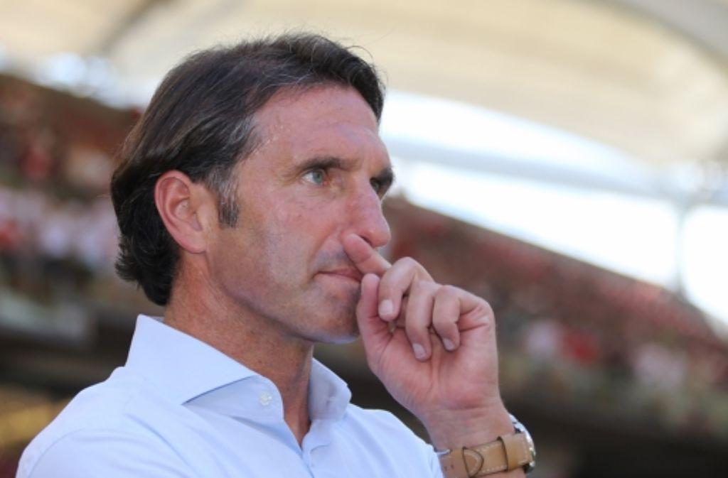 Nach einem verpatzten Start in die Saison trennt sich der Verein von Bruno Labbadia am 26. August 2013. Foto: Pressefoto Baumann