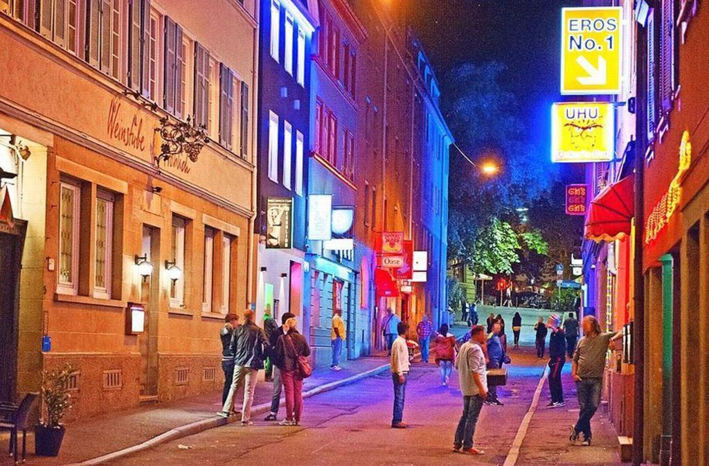 Rotlicht und Gastronomie vertragen sich im Leonhardsviertel – die Drogenszene wird allerdings als Fremdkörper wahrgenommen. Foto: Oliver Willlikonsky