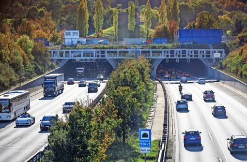 Reisezeit-Anzeige an der A81 geht in Betrieb