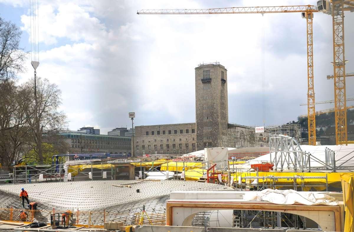 Der neue Tiefbahnhof in Stuttgart soll Ende 2025 in Betrieb gehen. Es gebe keine Hinweise auf Verzögerungen, heißt es nach der Sitzung des S-21-Lenkungskreises. Foto: Lichtgut/Max Kovalenko