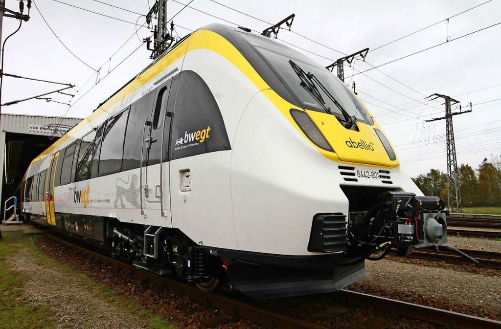 Man sieht ihn nur ganz selten – ein Talent-2-Zug der Firma Bombardier, mit dem die Firma Abellio im Stuttgarter Netz komfortablen Personennahverkehr anbieten will. Foto: dpa/Nestor Bachmann