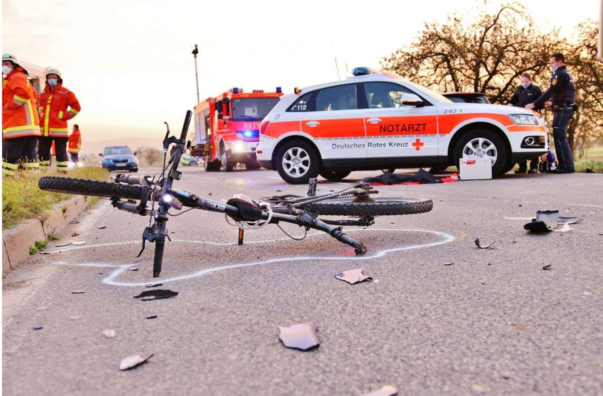 Der 19-Jährige Radfahrer erlitt bei dem Unfall lebensgefährliche Verletzungen. Foto: 7aktuell.de/Kevin Lermer
