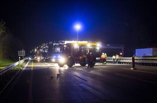 Stau nach tödlichem Verkehrsunfall auf der A81