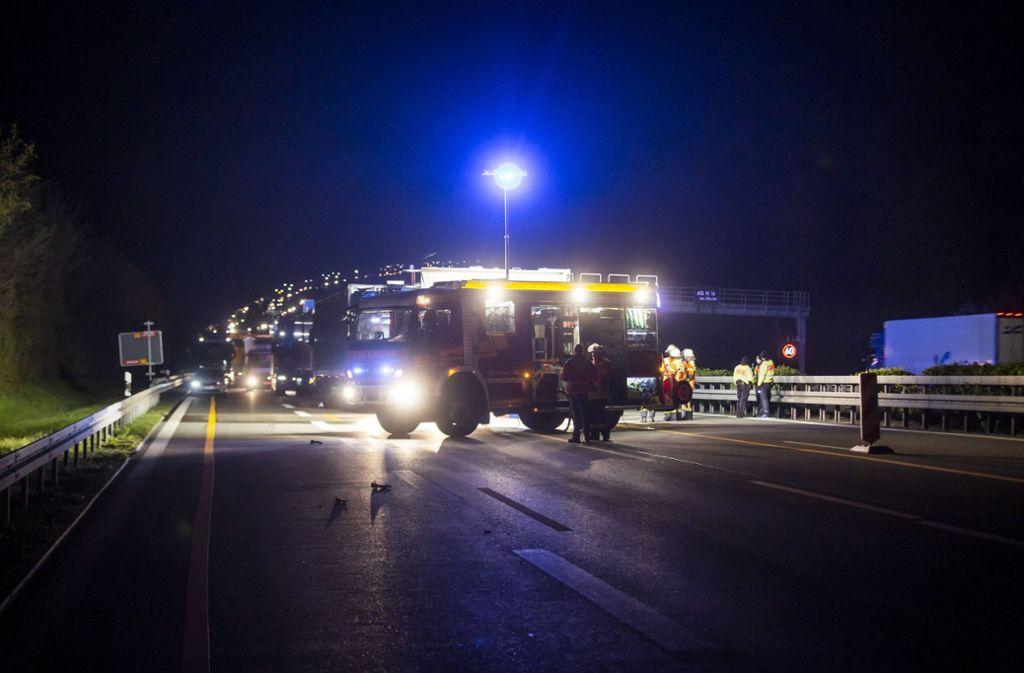 Die A81 in Richtung Stuttgart war voll gesperrt. Foto: 7aktuell.de/Simon Adomat