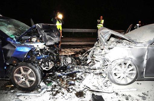 Geisterfahrer stirbt noch an der Unfallstelle