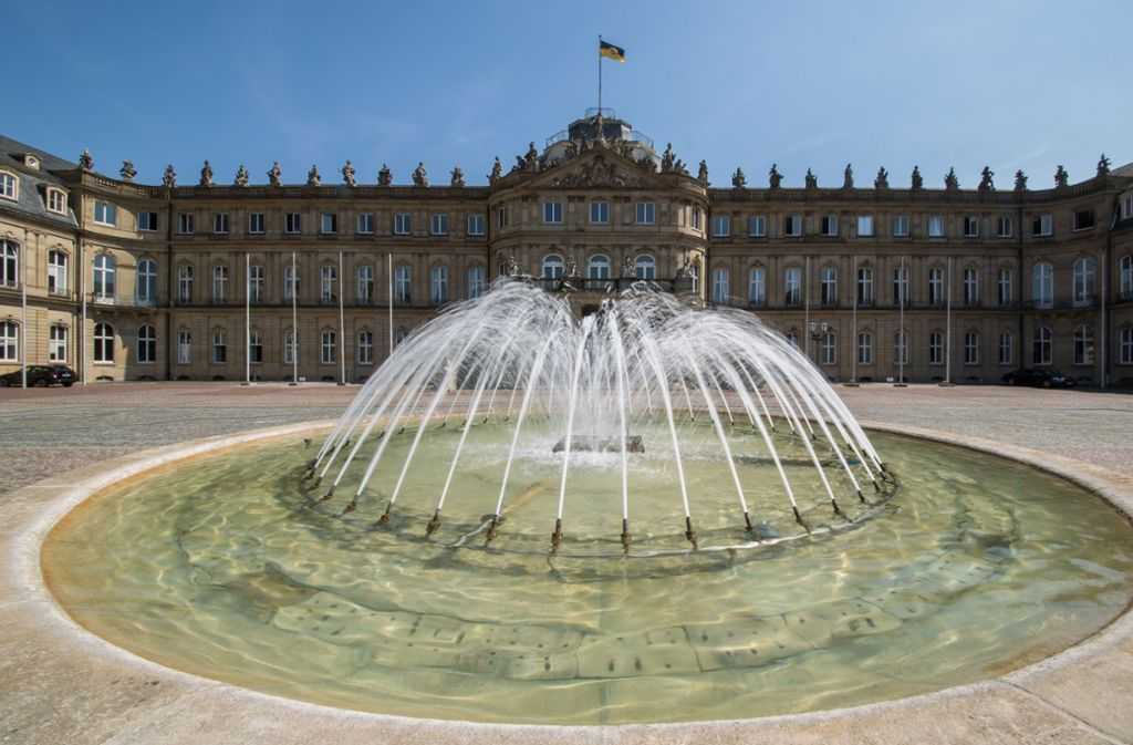Der Mitteltrakt des Neuen Schlosses soll in Teilen für die Allgemeinheit zugänglich werden. Foto: picture-alliance