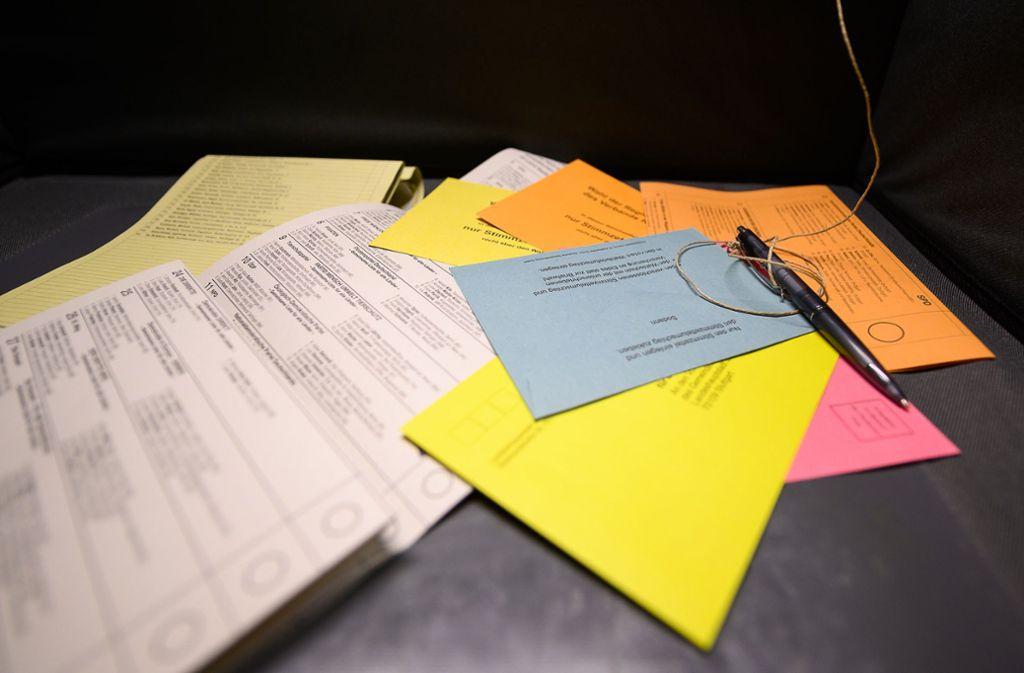 Stimmzettel: Wie wählt man aus? Foto: dpa