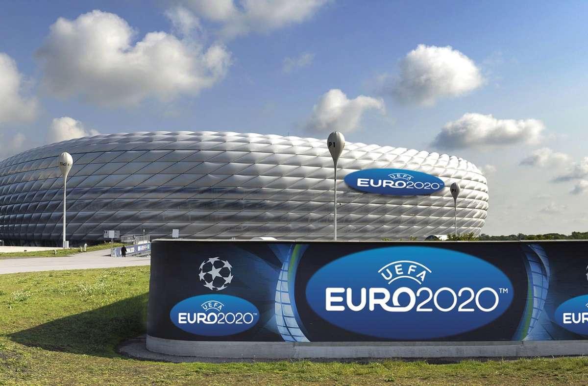 München ist einer der elf EM-Gastgeber. In die Arena dürfen rund 14000 Zuschauer – in unserer Bildergalerie finden Sie die voraussichtlich erlaubten Zahlen in allen elf Stadien. Foto: imago/Sven Simon