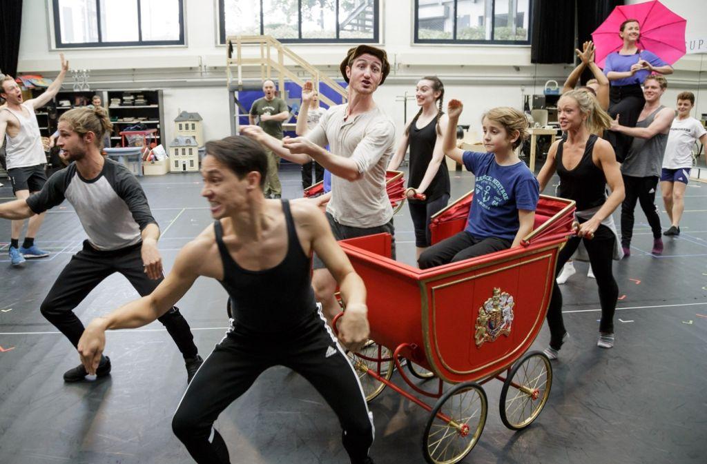 """Probe mit Kinderdarsteller Jannis für das Musical """"Mary Poppins"""" Foto: Jan Potente"""