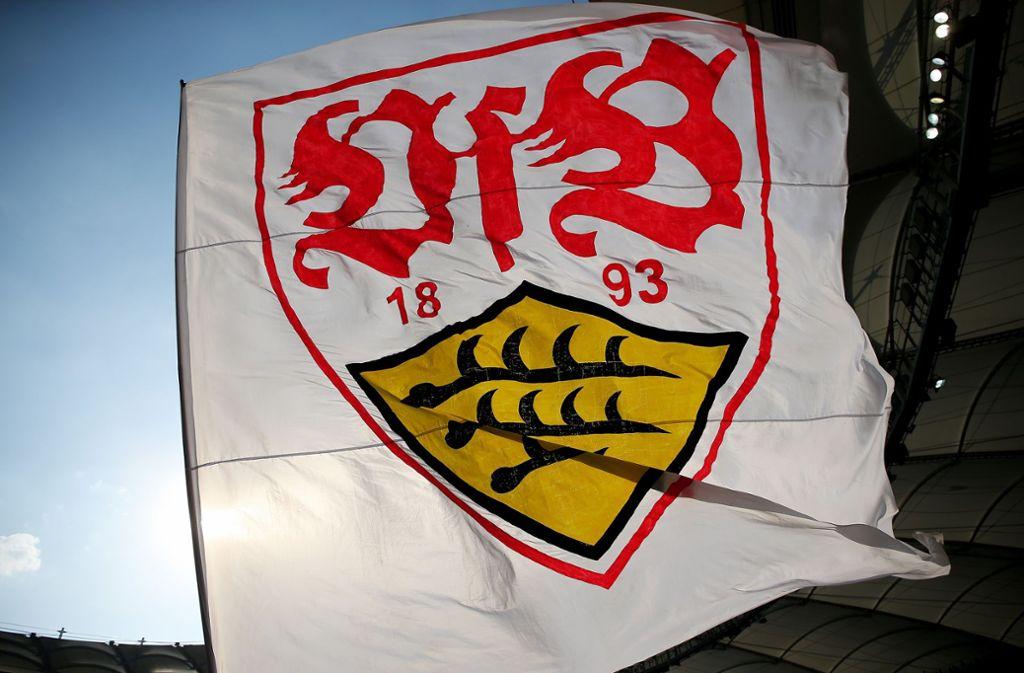 Ob der Unbekannte den VfB-Pullover haben wollte, um ihn selbst zu tragen, ist nicht bekannt. Foto: Pressefoto Baumann