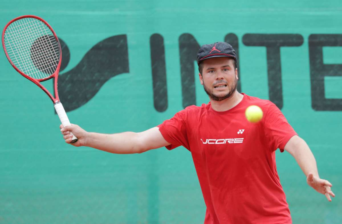 Philipp Hesse ist neuer Cheftrainer der Oeffinger Tennisspieler. Foto: P/atricia Sigerist