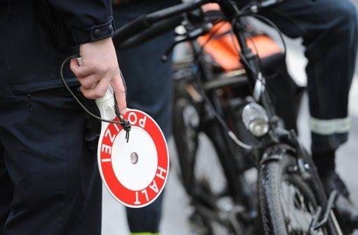 Radfahrer müssen wohl künftig bei Verkehrsverstößen mit höheren Bußgeldern rechnen. Foto: dpa