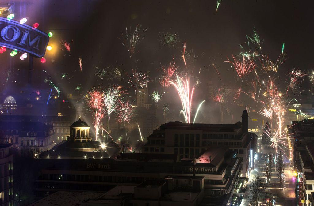 Wünsche zum Jahreswechsel: Frohes Neues Jahr 2017! - Panorama ...
