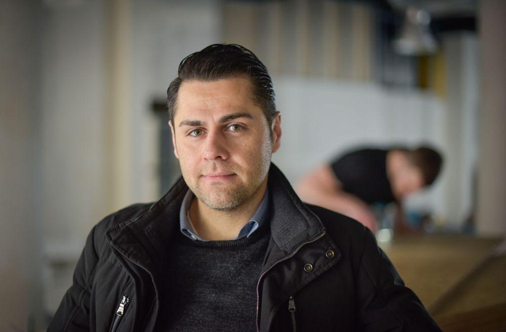 Geschäftsführer Nima Nafeei eröffnet die Filiale in der Killesberghöhe Foto: Lichtgut/Max Kovalenko
