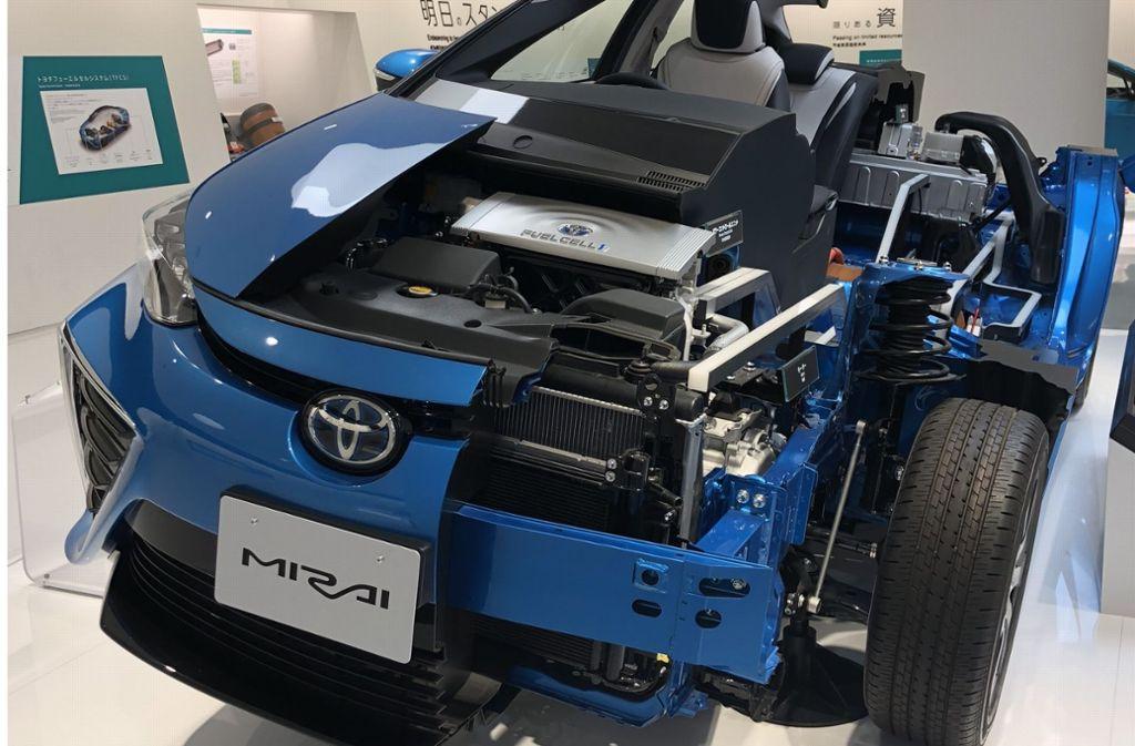 Der Mirai  – auf Deutsch Zukunft – von Toyota: Das Brennstoffzellenfahrzeug wurde weltweit 5500-mal verkauft. Foto: StZ