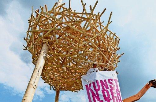 Ein Nest aus 700 Kanthölzern