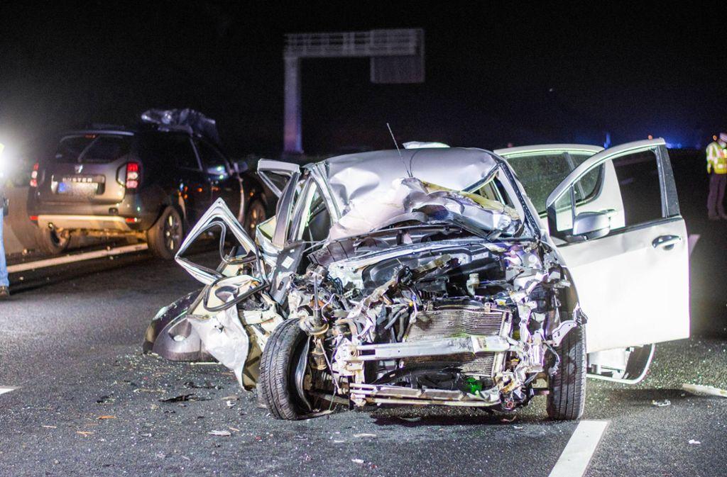 Der Unfall ereignete sich am Sonntagabend gegen 22 Uhr auf der Autobahn 8. Foto: 7aktuell.de/Moritz Bassermann/7aktuell.de | Moritz Bassermann