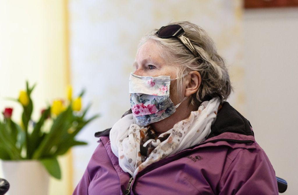 In den nächsten Tagen sind Lockerungen für Heimbewohner geplant. Allerdings steht der Infektionsschutz nach wie vor über allem. Foto: dpa/Frank Molter