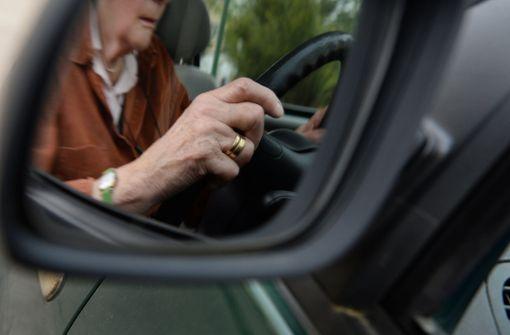 36000 Menschen geben  Führerschein ab