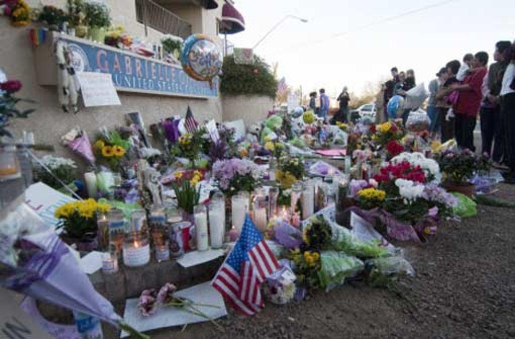 Die Amerikaner reagieren auf das Attentat in Tucson hochemotional - auch in der Politik. Foto: dpa