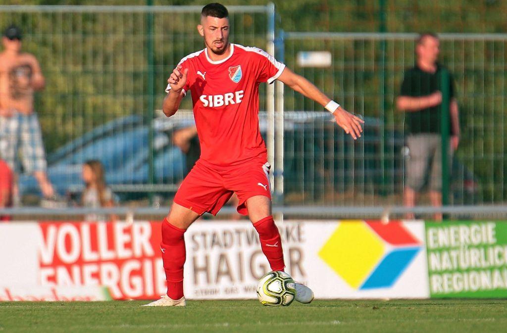 Im neuen Jahr für die Stuttgarter Kickers am Ball: Mittelfeldspieler Nikola Trkulja. Foto: imago/Jan Huebner