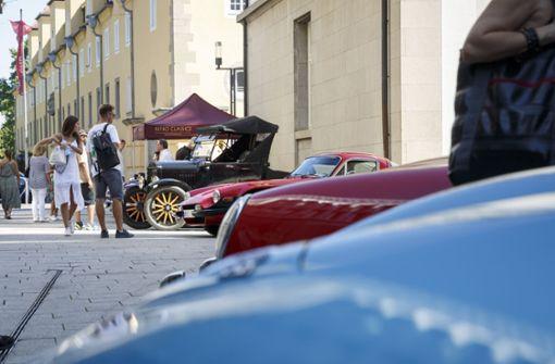 Oldtimer locken Fans ins Dorotheen-Quartier