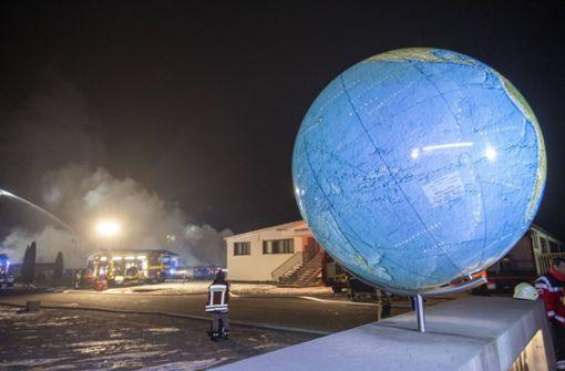Flammen zerstören älteste Globus-Manufaktur der Welt