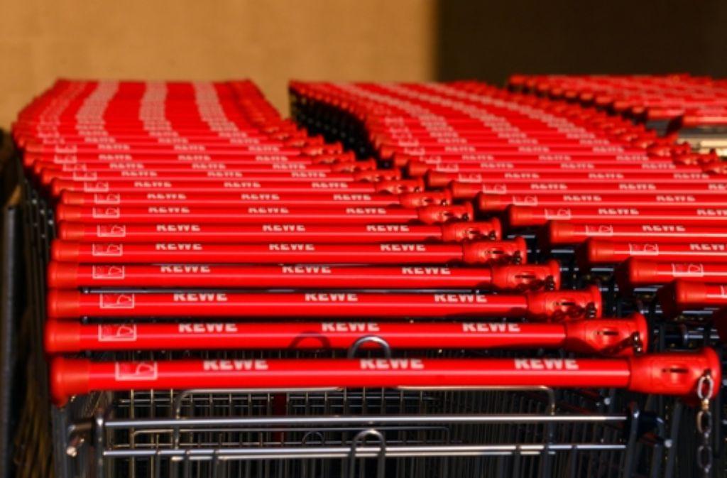 Der Rewe-Supermarkt an der Vaihinger Straße 49 in Stuttgart-Möhringen bleibt bis zum 1.Dezember geschlossen. Foto: Norbert J. Leven