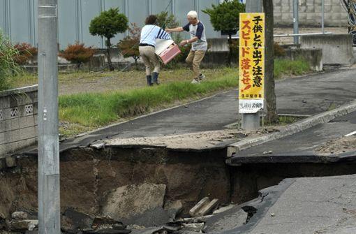 Zahl der Todesopfer nach Erdbeben steigt weiter
