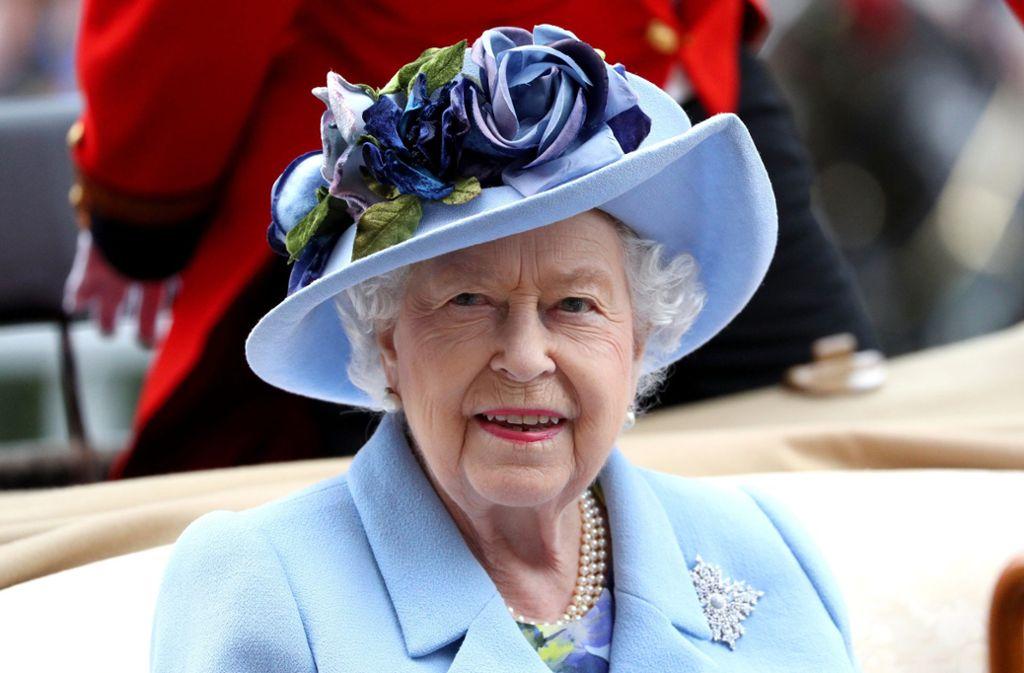 Die britische Queen Elizabeth II. ist zwar 93, aber ziemlich präsent. Foto: dpa/Jonathan Brady