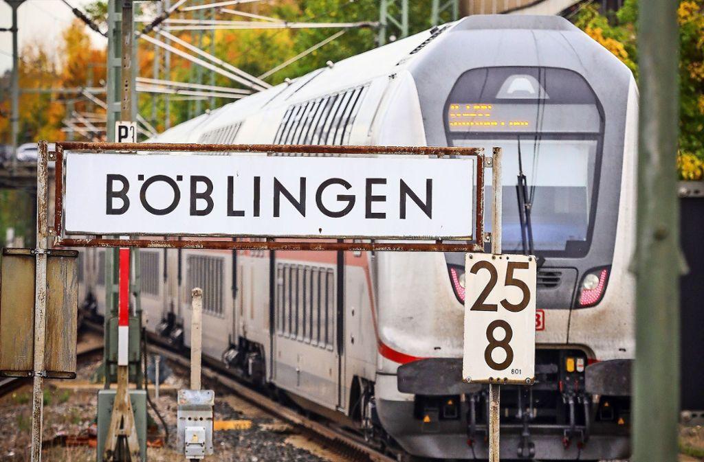 Die Gäubahn-Trasse wird voraussichtlich drei Jahre lang gekappt. Foto: factum/Simon Granville