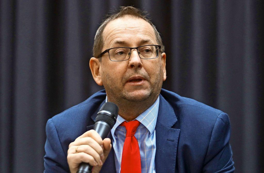 Der Ex-Linken-Bundestagsabgeordnete Richard Pitterle ist mit dem   aktuellen AfD-Mandatsträger Markus Frohnmaier aneinandergeraten. Foto: factum/Granville, AFP/Carsten Koali