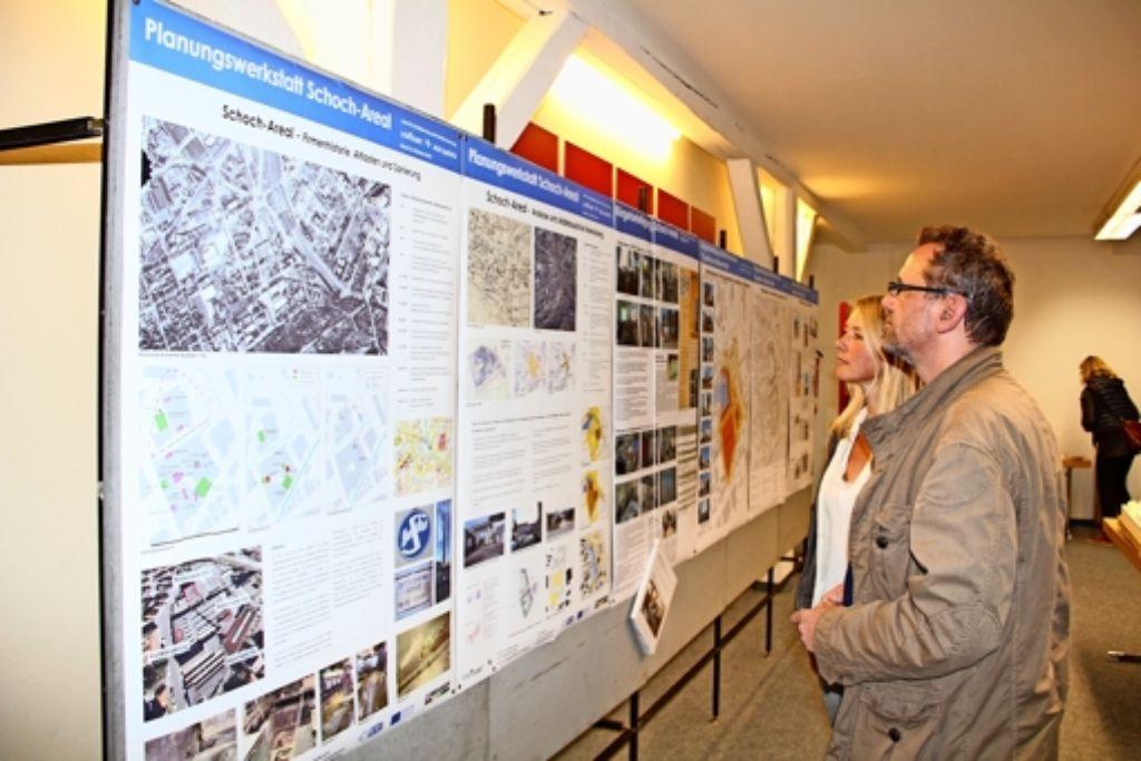 Bei der Planungswerkstatt  für das  Quartier am Wiener Platz   konnten  sich  die Bürger  informieren und eigene Ideen einbringen. Foto: Friedel