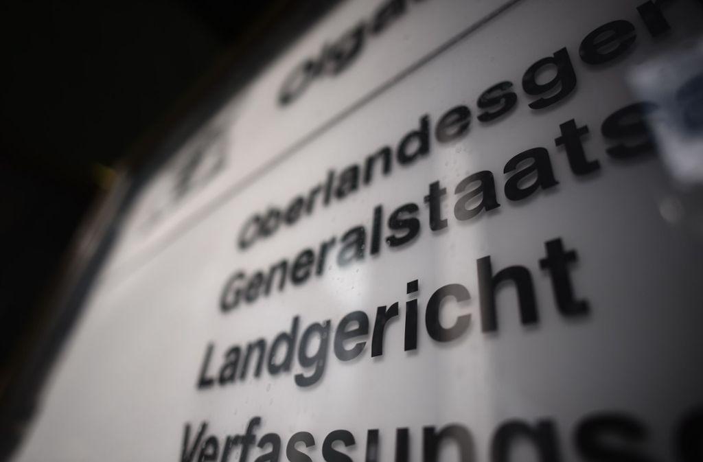 Der Angeklagte hat vor dem Landgericht Stuttgart alle Vorwürfe zugegeben. Foto: Weingand / STZN