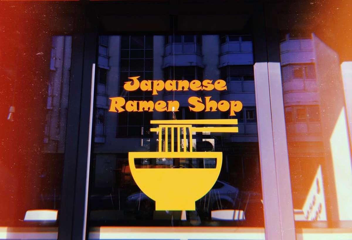 Ja, Stuttgart erinnert hier und da an Tokio, zum Beispiel beim japanischen Restaurant Kurose (Rotebühlstraße 50, Öffnungzeiten: Montag-Donnerstag und Sonntag 11.30-20 Uhr, Freitag und Samstag 11.30-21 Uhr), wo es Ramen und Sushi gibt.  Foto: Tanja Simoncev