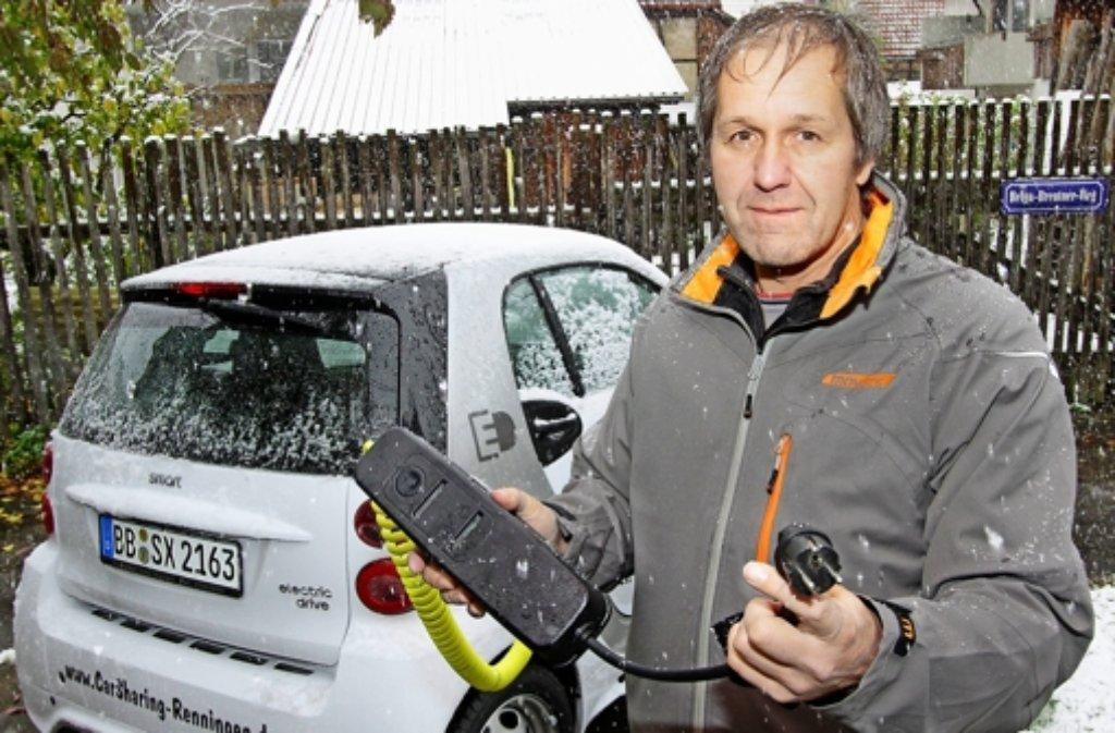 Jochen Breutner bei der Vorstellung des ersten E-Smarts 2012. Foto: factum/Archiv