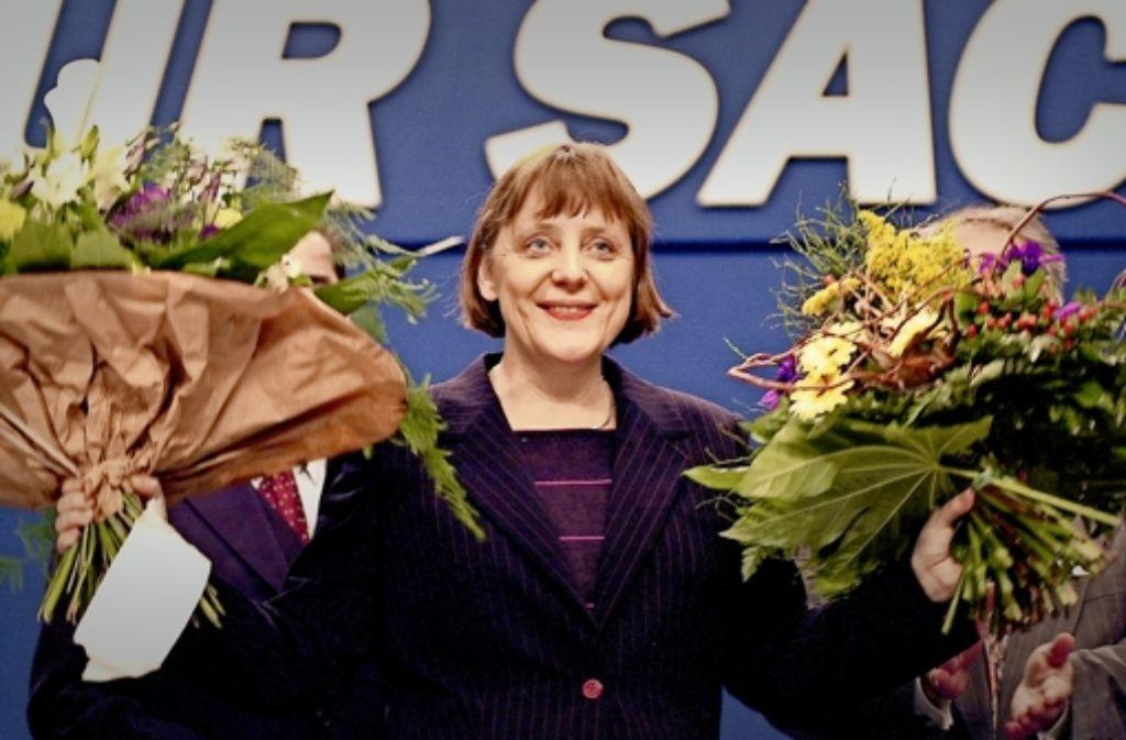 Am 10. April 2000 wurde Angela Merkel auf dem CDU-Bundesparteitag in Essen mit 897 von 935 gültigen Stimmen zur CDU-Bundesvorsitzenden gewählt. Foto: dpa