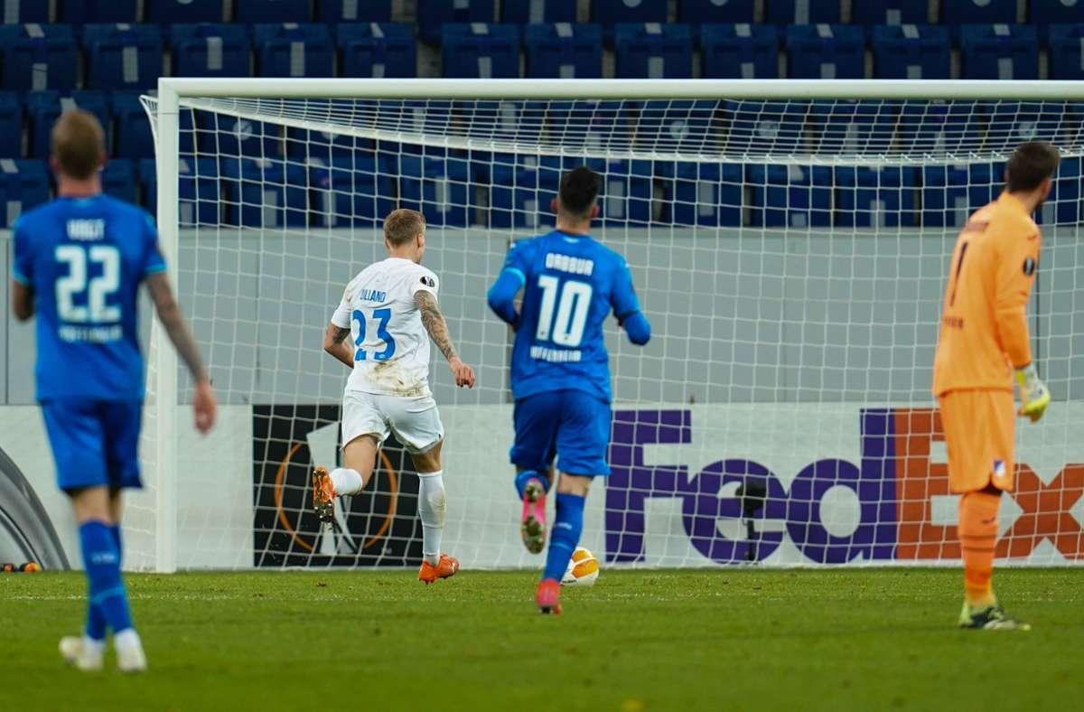 Moldes Eirik Andersen (23) erzielt sein zweites Tor. Foto: dpa/Uwe Anspach