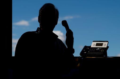 Telefonbetrüger mit teuren Tricks aktiv