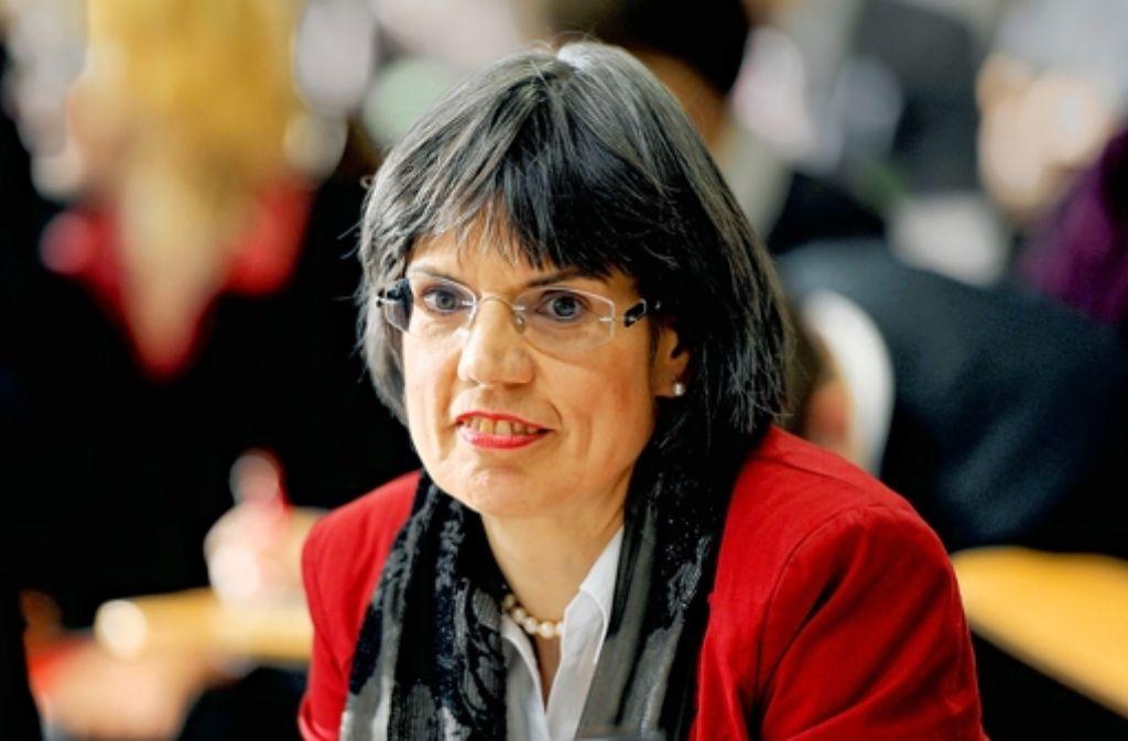 Die Direktorin des Landesrechnungshof Hilaria Dette ist am Freitag vom EnBW-Untersuchungsausschuss befragt worden. Foto: dpa