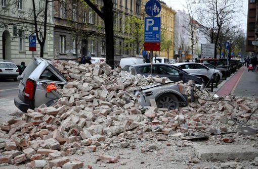 Zahlreiche Verletzte – 15-Jährige schwer verletzt in Trümmern gefunden