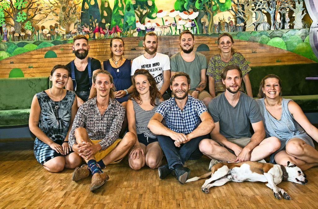 Die Familie Fleig und ihr Team bringen extravagante Kreationen aus aller Welt nach Esslingen. Foto: Ines Rudel