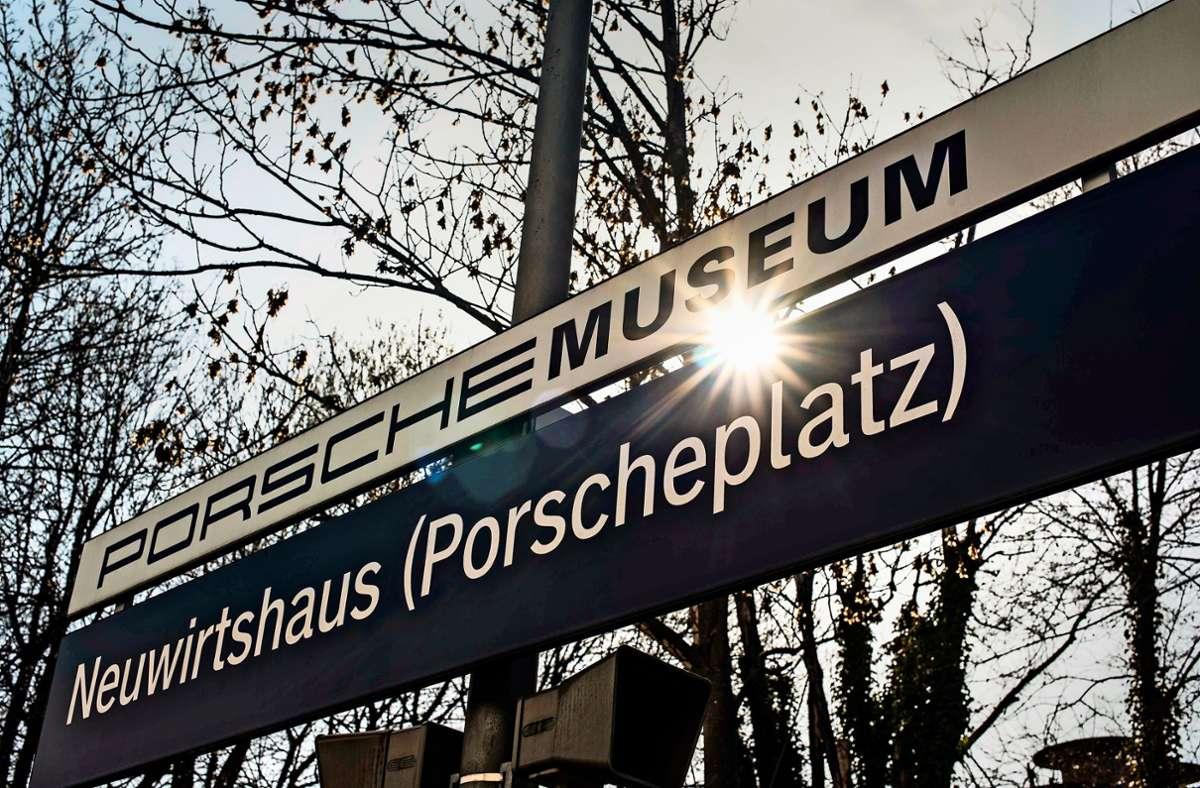 S-Bahn-Halt Neuwirtshaus: Hier verschwand der unbekannte Exhibitionist. Foto: Lichtgut//Max Kovalenko