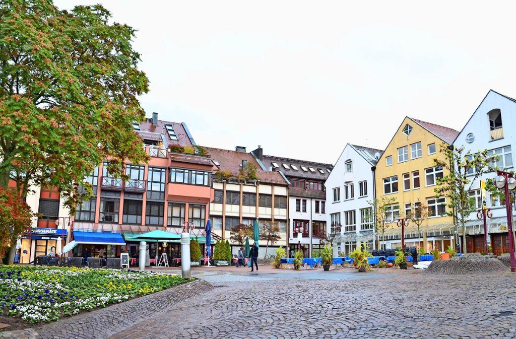 """Der Vaihinger Markt ist für Fußgänger wenig attraktiv. Die Verwaltung will im Rahmen des Konzepts """"Stadtteilzentren konkret"""" die Situation verbessern. Foto: Sandra Hintermayr"""