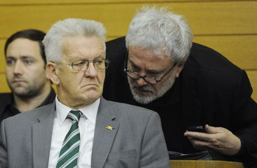 Klinikaffäre: Kretschmann verteidigt Murawski
