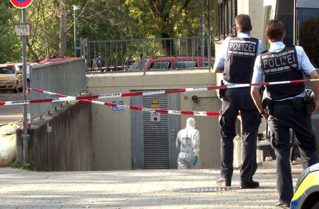 In Eislingen soll ein 56 Jahre alter Mann seine Frau und deren Geliebten getötet und sich danach selbst gerichtet haben. (Archivbild) Foto: SDMG