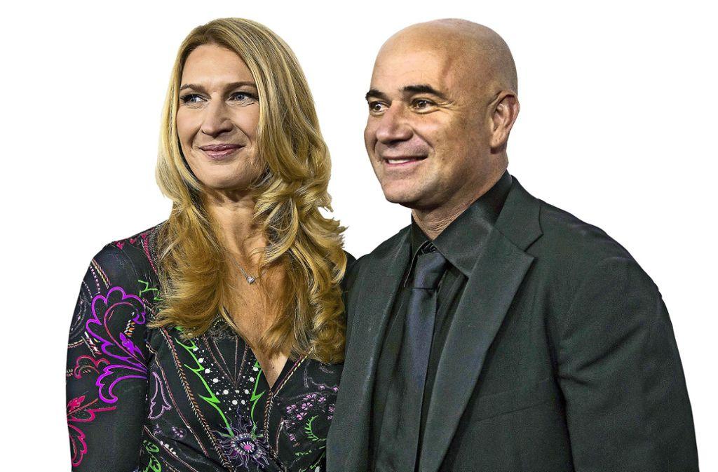 Seit 20 Jahren ein Paar, seit 2001 verheiratet: die deutsche Ausnahmesportlerin Steffi Graf, die am Freitag, 14. Juni, 50 Jahre alt wird,  und der ehemalige US-Tennisprofi André Agassi (49). Foto: dpa