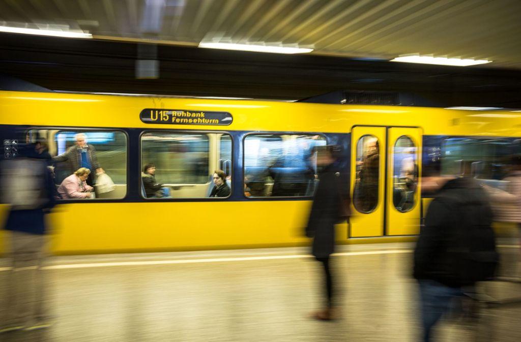 In Stuttgart kam es zu einem Vorfall mit einem Schwarzfahrer (Symbolbild). Foto: Leif Piechowski