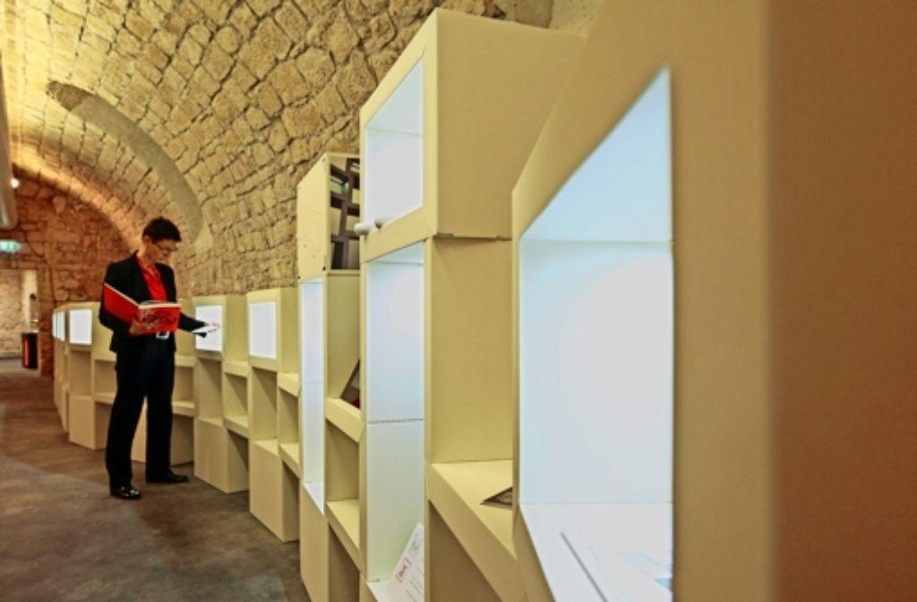 Pfiffige Idee:   Dieses Würfelsystem ist aus Papier und ganz ohne Werkzeug aufzubauen. Foto: factum/Granville